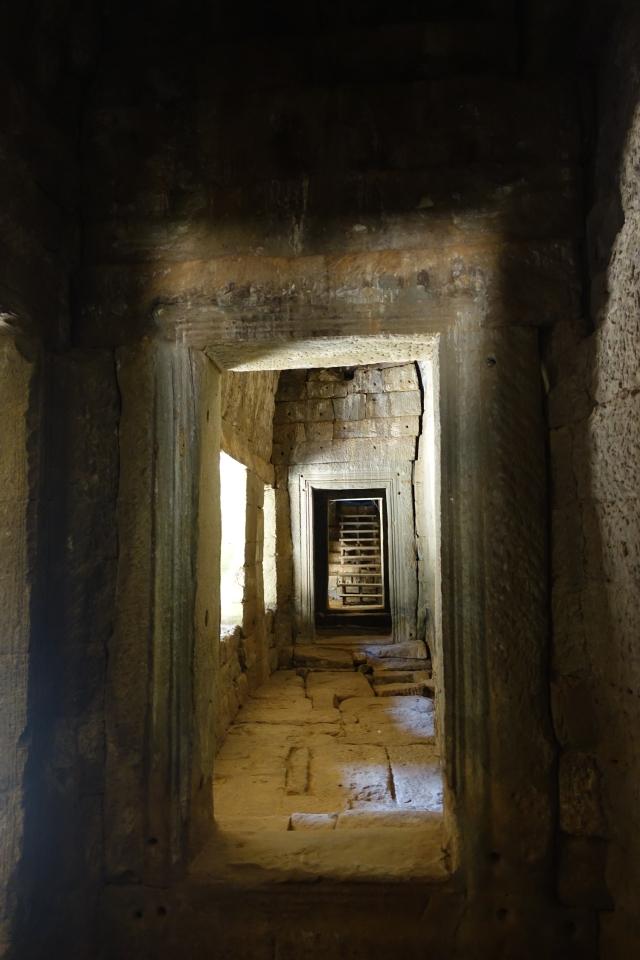 bayon corridor