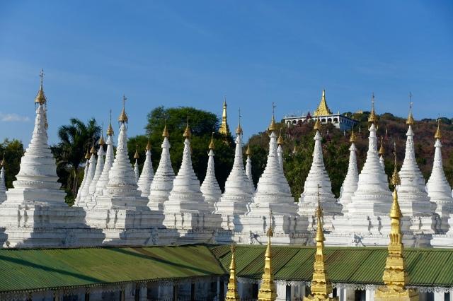 kuthodaw pagoda stupas