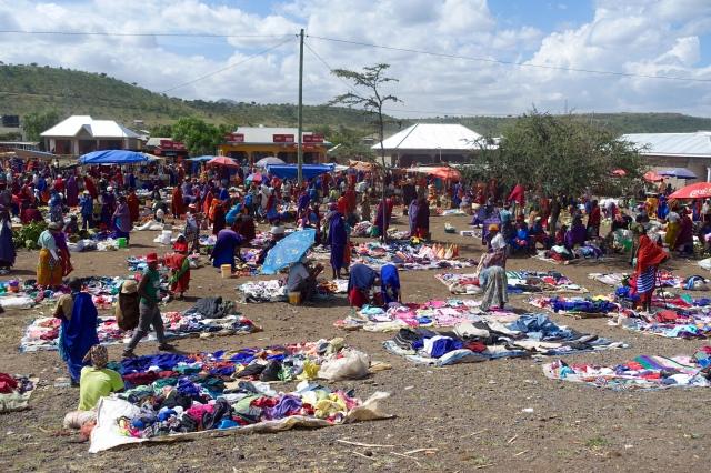 maasai market nearby Ngorongoro