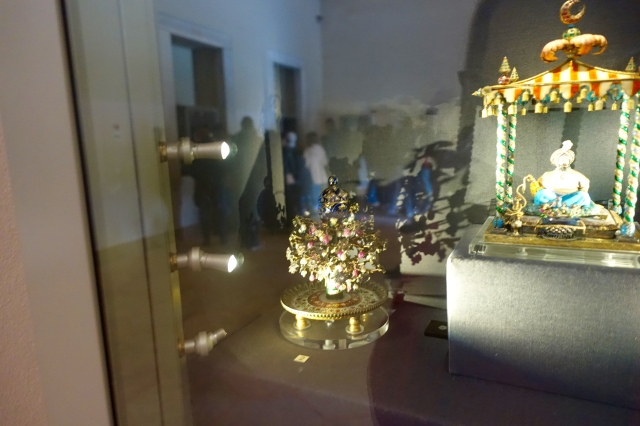 jewels in the topkapi palace museum