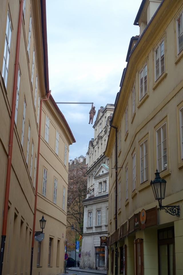 totally random street - 'hanging man' (and, it's sigmund freud)
