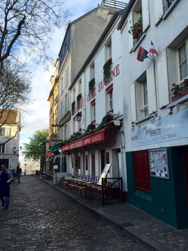 Montmarte cafe