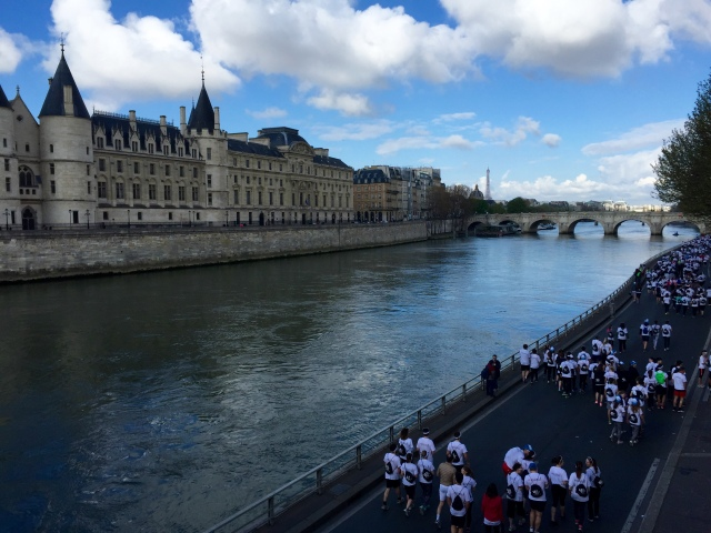 river seine - 5k color run walk