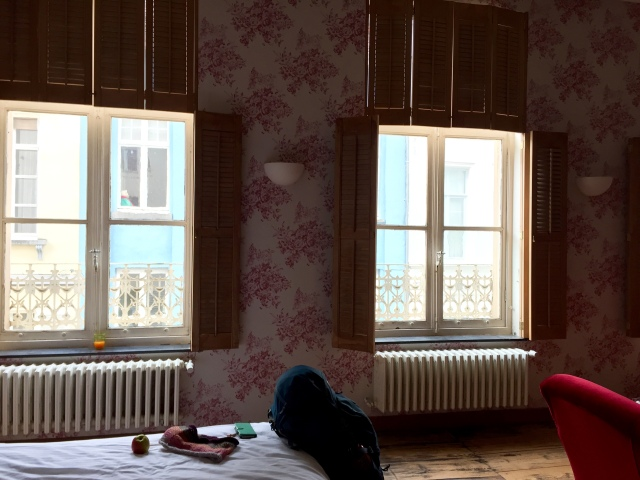 old room with high ceilings. loved this room!