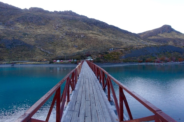 the bridge to the hotel, which is in on an island on the Lake Pehoe